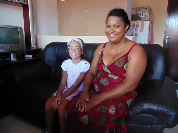 Família comemorou a notícia recebida nesta segunda-feira (7) (Foto: Fernanda Zauli/G1)