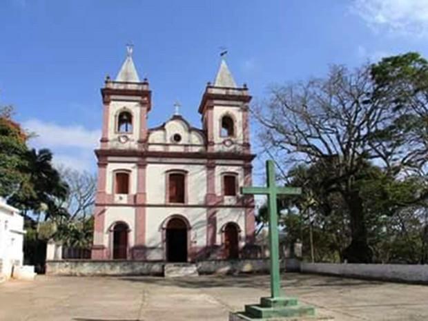 Igreja Nosso Senhor do Bomfim, em Roseira (SP) (Foto: Pe. José Ferreira/ arquivo pessoal)