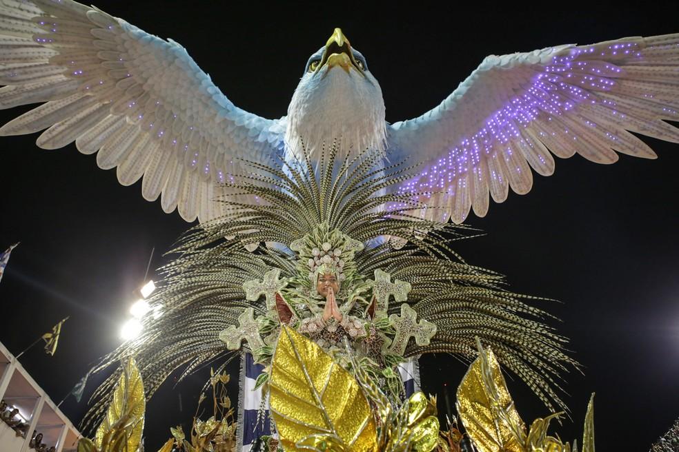 Abre-alas da Portela do carnaval 2017 (Foto: Rodrigo Gorosito/G1)