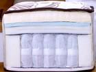 Colchão e travesseiro inadequados causam dores nas costas e no ombro