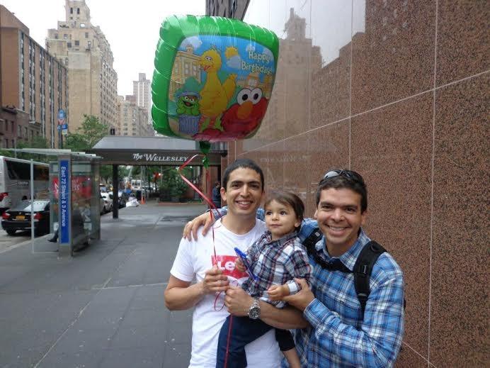 Hildebrando com o irmão Maurício e o sobrinho Leonardo (Foto: Arquivo Pessoal)