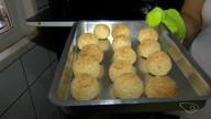 Aprenda a fazer pão de queijo com tapioca