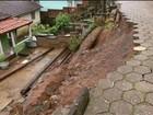 'Saí sem saber quando volto', conta dono de casa à beira de cratera de 7m