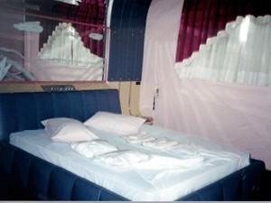 Primeiro motel do Brasil nasceu escondido dentro de um clube. (Foto: Renato Fernandez Tarrazo/Arquivo Pessoal)