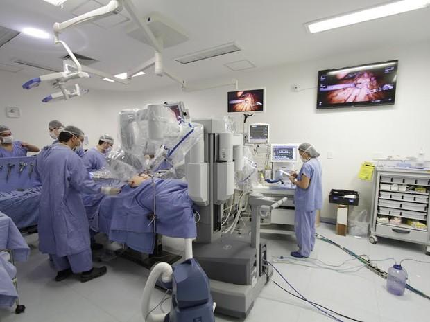 Robô Da Vinci será utilizado para cirurgia em pacientes do SUS, em Barretos, SP (Foto: Mário Menezes/Hospital de Câncer de Barretos)