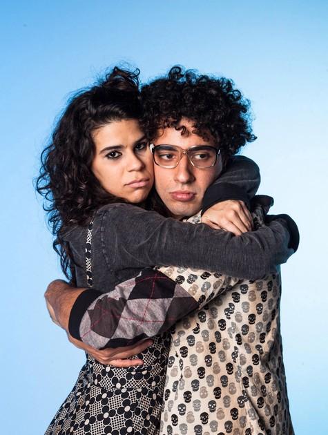 Felipe Haiut e Nina Reis em 'A porta da frente'  (Foto:  João Julio Mello)