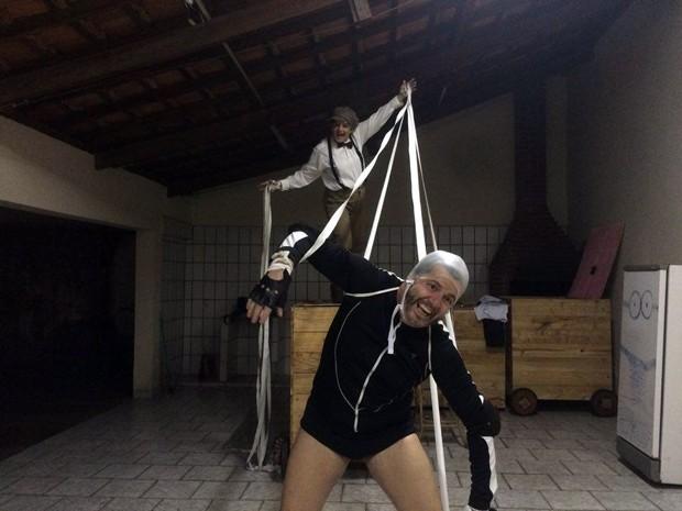 Ensaio da peça 'Esperando Godot': releitura é destaque de programação da 4ª Mostra de Teatro Tiradentes em Cena, Grupo de Teatro Experimental, Pouso Alegre, MG (Foto: Arquivo Pessoal/Lúcio Marques)