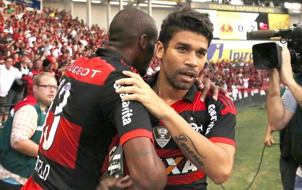 Eduardo da Silva comemora gol Criciúma x Flamengo (Foto: Getty Images)