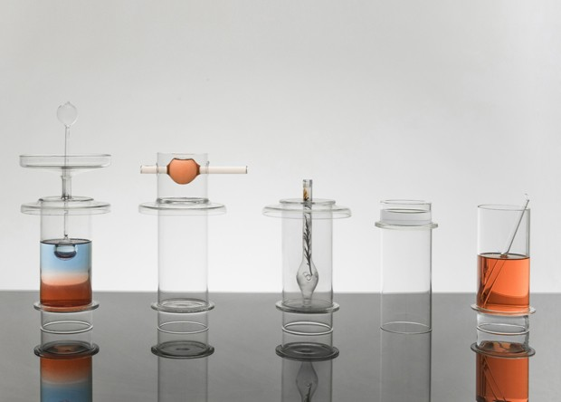 Coquetelaria minimalista: designer cria acessórios de vidro para preparar drinques (Foto: Studio Johannes Bauer/ Divulgação)