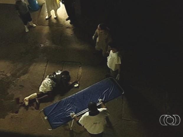 Em tentativa de fuga, preso cai do 5º andar do Hospital de Urgências de Goiânia (Hugo), Goiás (Foto: Reprodução/TV Anhanguera)