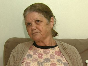 Mãe da mulher acredita que greve prejudicou atendimento na Santa Casa de Leme (Foto: Marlon Tavoni/EPTV)