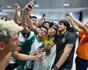 Após classificação histórica, Coritiba é recebido com festa; veja o vídeo