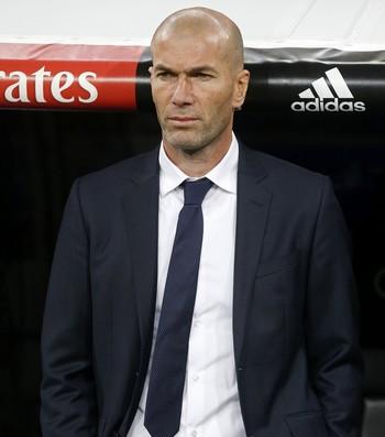 Zidane Real Madrid x Deportivo (Foto: EFE)