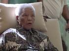 Mandela volta a ser internado na África do Sul