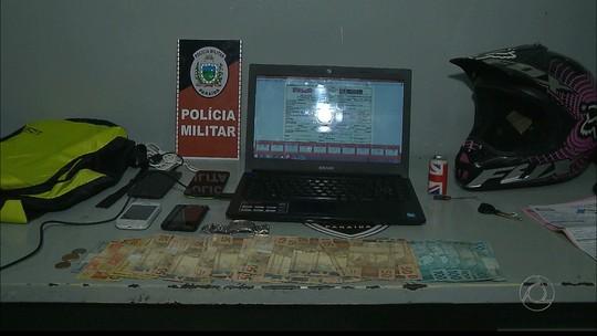 Jovem é suspeito de falsificar notas ficais para vender celulares roubados