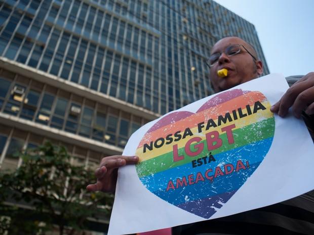 Manifestação que pede discussão de gênero em plano de educação (Foto: Warley Leite/Brazil Photo Press/Estadão Conteúdo)