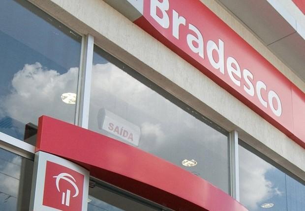 Fachada de agência do banco Bradesco (Foto: Reprodução/Facebook)