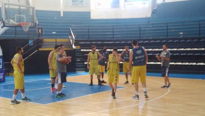Mogi das Cruzes basquete treino Bahía Blanca (Foto: Arquivo Pessoal / Wagner Roberto de Oliveira)
