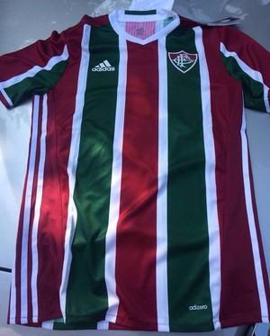 b76b73d997 Flu troca camisas da Adidas por doação