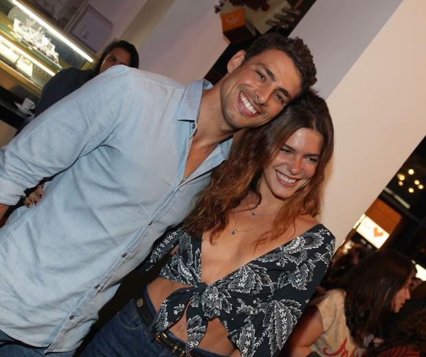 Cauã Reymond e Mariana Goldfarb (Foto: Eny Miranda/ciadafoto)