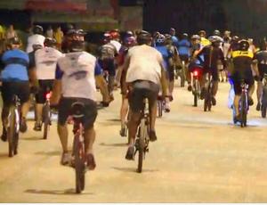 Passeio ciclístico noturno em Porto Velho (Foto: Reprodução/ TV Rondônia)