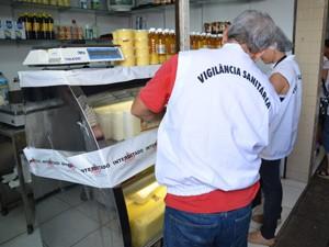 De acordo com a Vigilância Sanitária, mais de 90% dos produtos não tinham registro (Foto: Walter Paparazzo/G1)