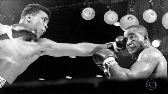 Muhammad Ali morre nos EUA