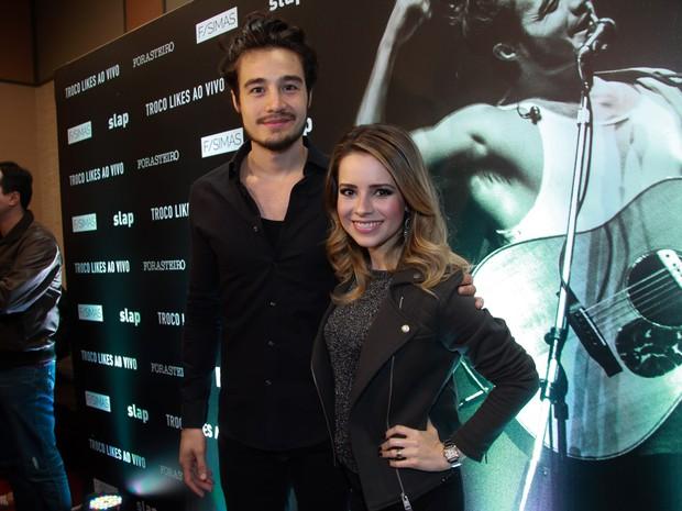 Tiago Iorc e Sandy em pré-estreia de filme em São Paulo (Foto: Marcos Ribas/ Brazil News)