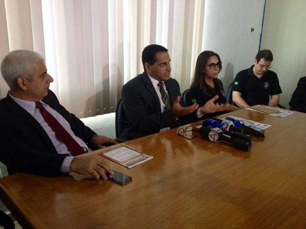 Coletiva de imprensa foi convocada nesta terça (15) para explicar operação (Foto: Ísis Capistrano/ G1)