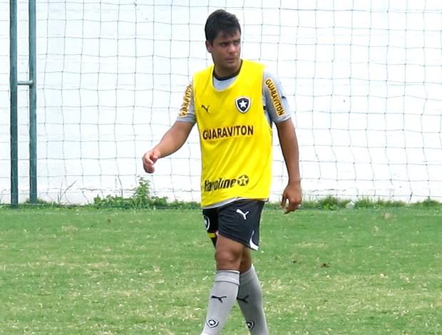 Henrique no treino do Botafogo (Foto: Thales Soares )