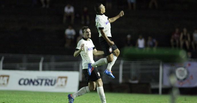 Copinha - Guilherme comemora gol do Corinthians sobre o Juventude (Foto: Denny Cesare/Agência Estado)