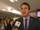 Camilo Santana quer 'rigor' em apuração de festa em presídio no CE