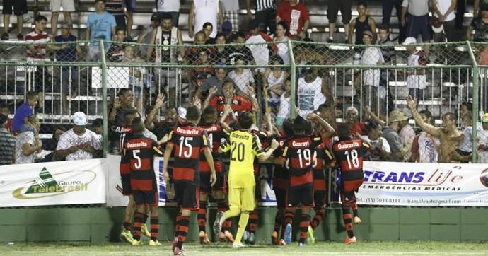 São Paulo x Flamengo, sub-15, Votorantim (Foto: Marcos Ferreira / Pref. Votorantim)