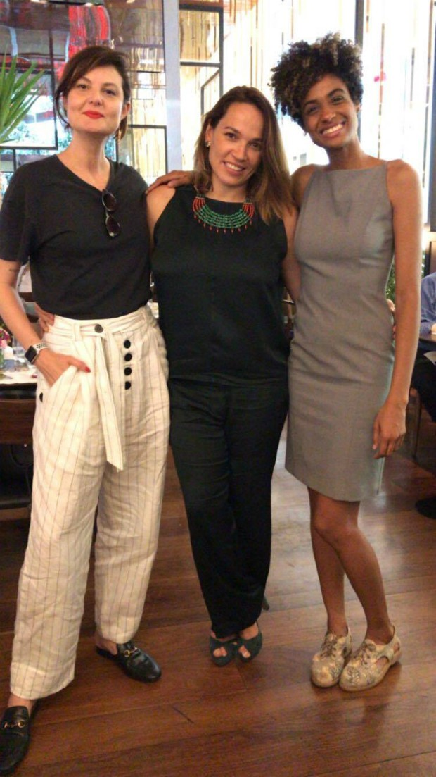 A editora de moda Larissa Luchesse, a diretora de redação de Marie Claire, Marina Caruso, e a arquiteta Stephanie Ribeiro (Foto: Reprodução / Instagram)