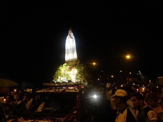 Nossa Senhora de Fátima durante Procissão das Velas (Foto: Do G1 Pará)