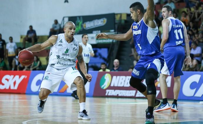 Bauru Basket x Pinheiros, NBB 9, Alex Garcia (Foto: Caio Casagrande / Bauru Basket)