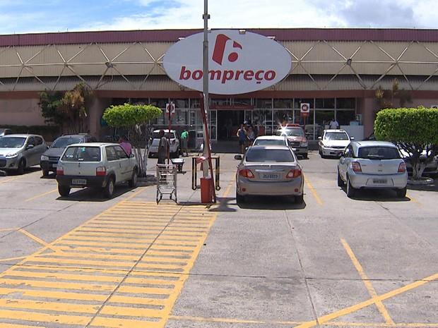 g1 - grupo assalta supermercado em salvador  diz pm