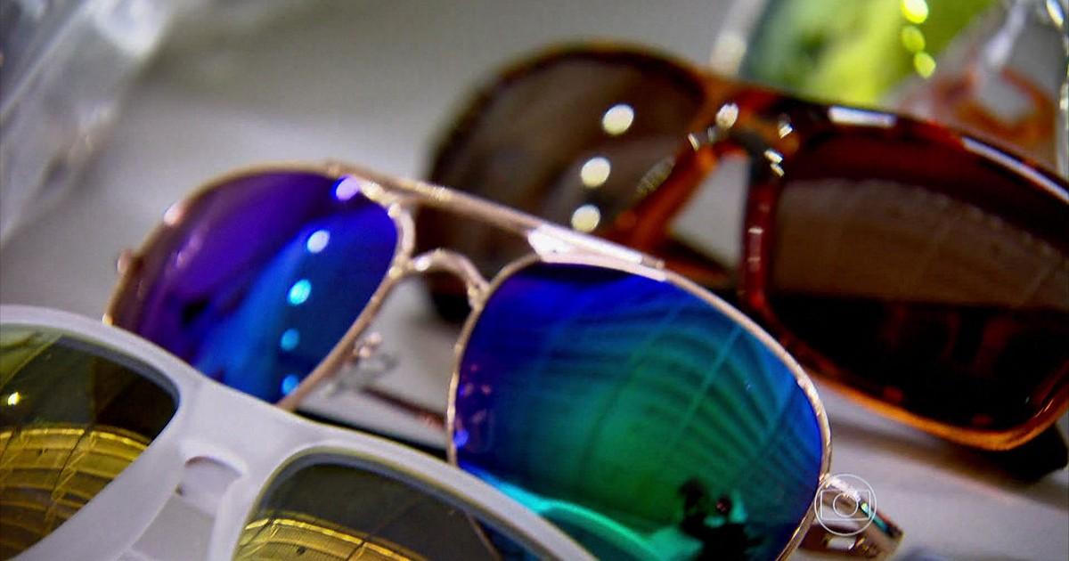 1d4b83c8b7474 Jornal Nacional - Óculos piratas representam risco para a saúde e para a  economia