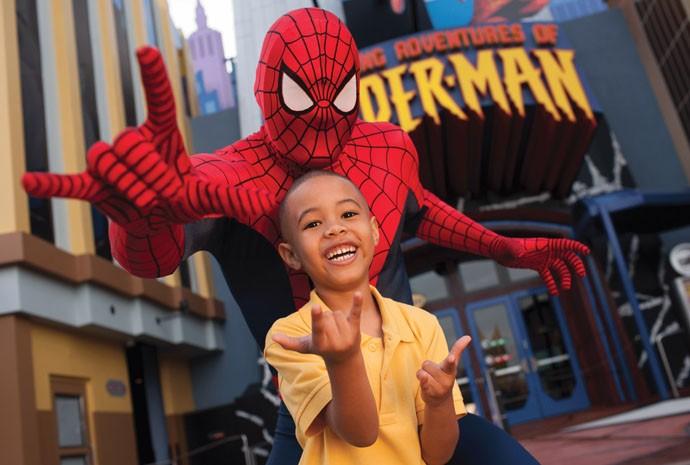 Que tal uma foto com o seu super-herói preferido?  (Foto: Divulgação)