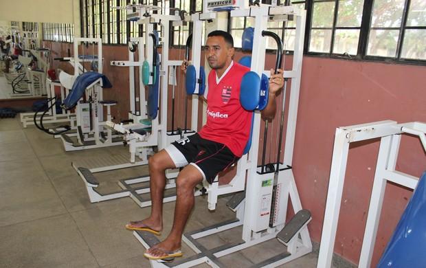 Lateral-direito do Flamengo-PI, Niel (Foto: Wenner Tito/GLOBOESPORTE.COM)