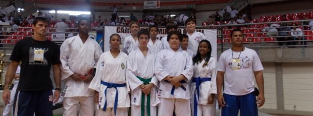 Equipe de Sacramento no Mineiro de Caratê (Foto: Divulgação)