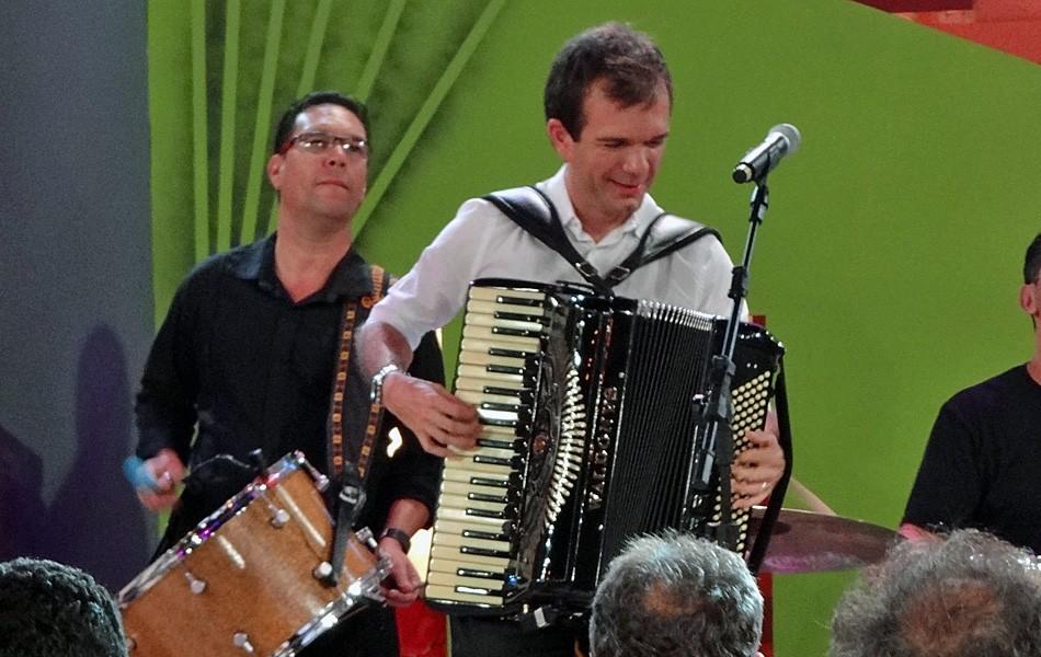Festas têm shows de Flávio José e Waldonys (Katherine Coutinho / G1)