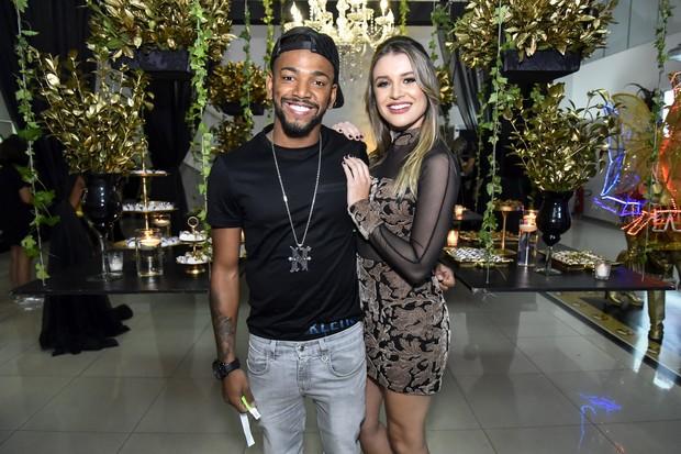 Nego do Borel e a namorada, Julia (Foto: Caio Duran / Divulgação)