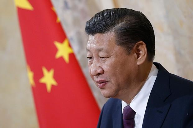 ELE TEM A FORÇA Desde Mao Tsé-tung nenhum líder chinês havia conquistado tanto poder quanto Xi Jinping (Foto: PETER KLAUNZER / afp photo)