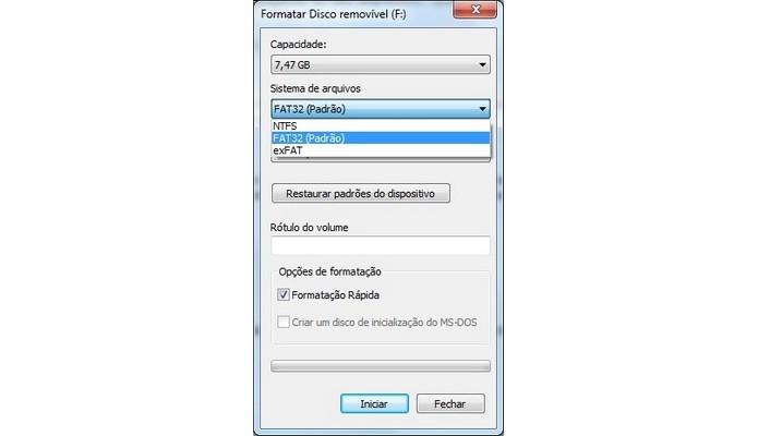 Sistema de arquivo pode ser a causa para problema em pen drives (Foto: Reprodução/Raquel Freire)