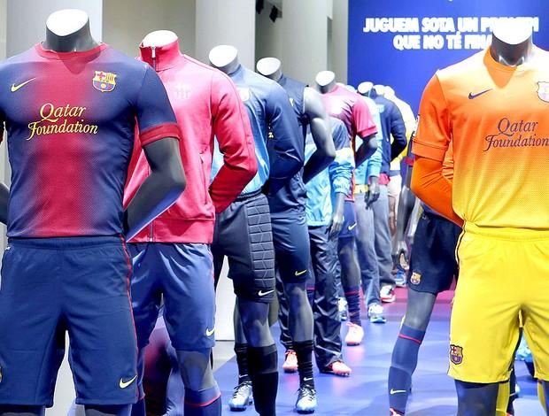 apresentação do novo uniforme do Barcelona (Foto: EFE)