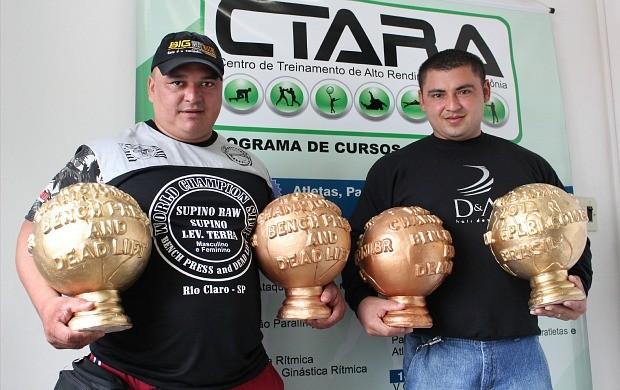 Supino, atletas do Amazonas (Foto: Anderson Silva/Globoesporte.com)