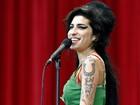 Amy Winehouse pode não ter morrido de intoxicação alcoólica, diz site