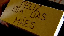 Comerciantes apostam nas vendas do Dia das Mães (Reprodução/TV Anhanguera)