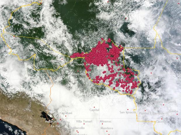 Satélite mostra onde regiões onde houve mais incêndios  (Foto: Inpe/ Reprodução)